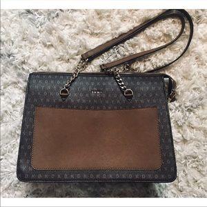 NWT DKNY Bryant Signature Logo Tote Handbag